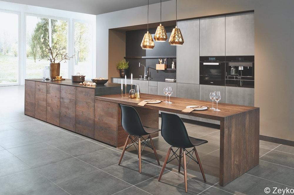 Moderne Küche vom Holzraum Schloss Lüntenbeck