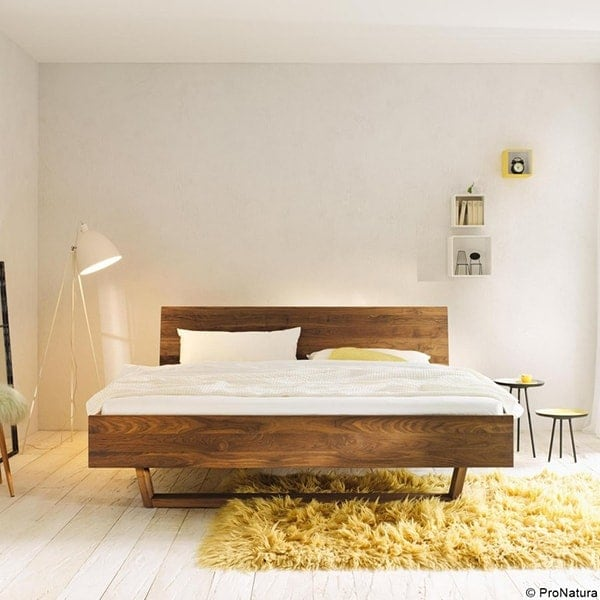 Schlafzimmer aus Holz vom Holzraum